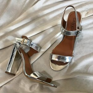 2 FOR $20 // CATHY JEAN HEELS